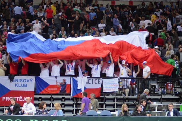 Čeští fanoušci Tomáše Berdycha celý zápas hnali kupředu