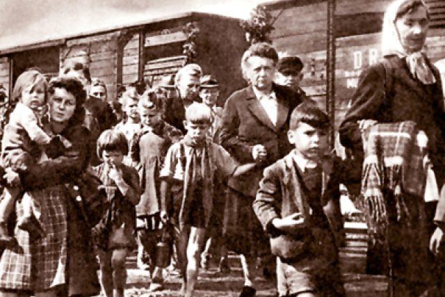 Transport vysídlených českých Němců po druhé světové válce | foto:  Sudetendeutsche Stiftung,   CC BY-SA 1.0
