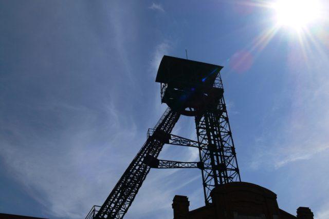 Těžba uhlí (ilustr. foto)