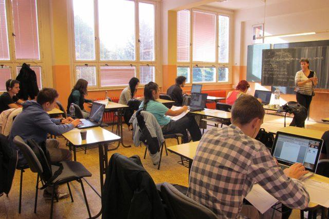 Budějovičtí studenti zkoušejí maturitu nanečisto