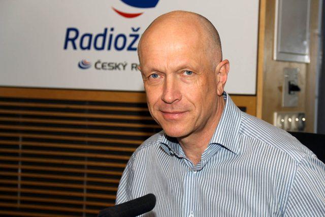 Generální ředitel České spořitelny Pavel Kysilka odpověděl na otázky týkající se sKaret
