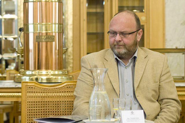 Vlastimil Ježek, ředitel Obecního domu v Praze