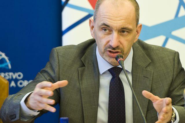 Martin Kuba na tiskové konferenci  | foto: Filip Jandourek
