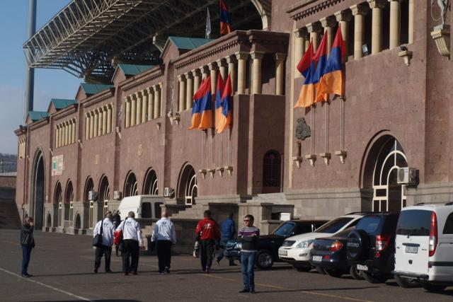 Odchod a arménská vlajka, v případě trenéra Bílka to může jít k sobě