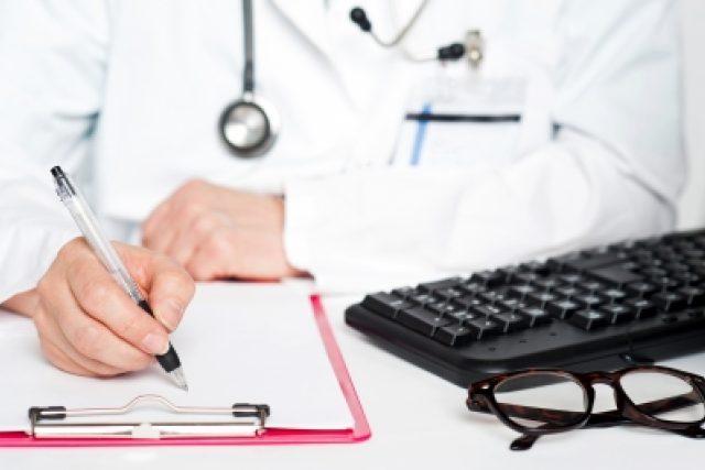 Lékař  (ilustrační foto) | foto: Free Digital Photos