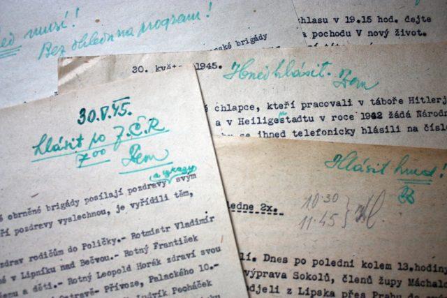 Repatriace: texty k vysílání s poznámkama F. K. Zemana.JPG
