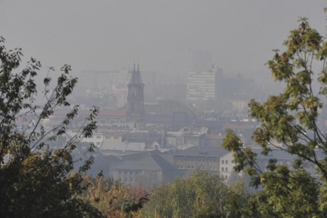 V Moravskoslezském kraji jsou zhoršené rozptylové podmínky, smogem je zahalena i Ostrava