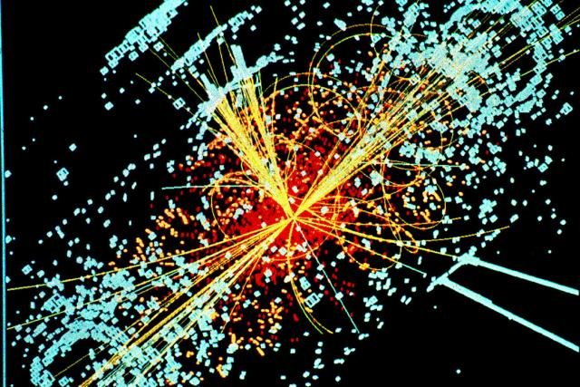 Simulace zobrazující objevení Higgsova bosonu v detektoru CMS (v LHC)
