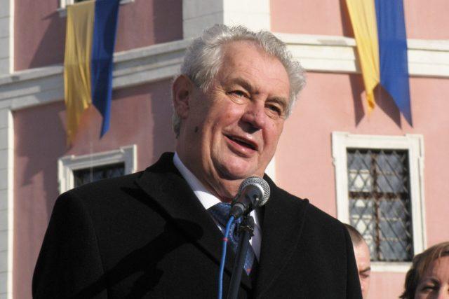 Prezident Zeman navštívil Bečov nad Teplou