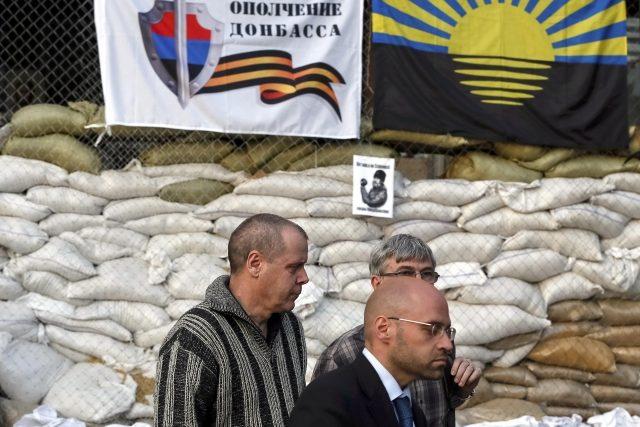 Proruští separatisté pustili na svobodu švédského člena mise OBSE zadržovaného s dalšími členy mise ve Slavjansku