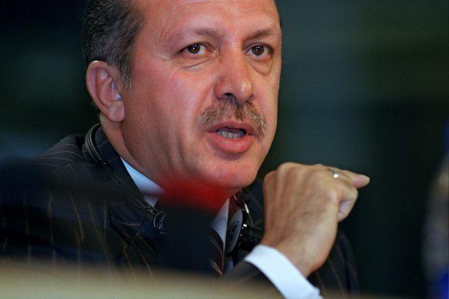 Okolo tureckého premiéra Recepa Tayyipa Erdogana je v posledních několika měsících rušno | foto: European Parliament