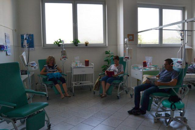 Denní stacionář onkologického oddělení nemocnice v Chomutově. (ilustrační foto)
