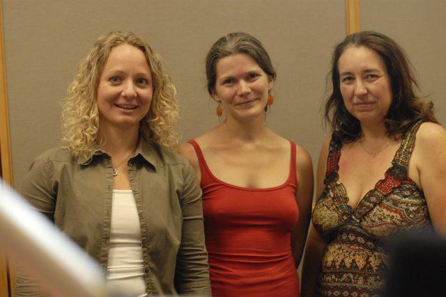 Jana Kelisová a Jana Procházková z jihlavské Montessori školy,  vlevo moderátorka Ivana Jelínková | foto: Milan Kopecký