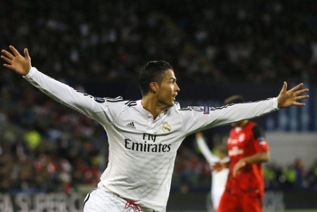 Cristiano Ronaldo rozhodl dvěma góly o vítězi Superpoháru   foto: ČTK