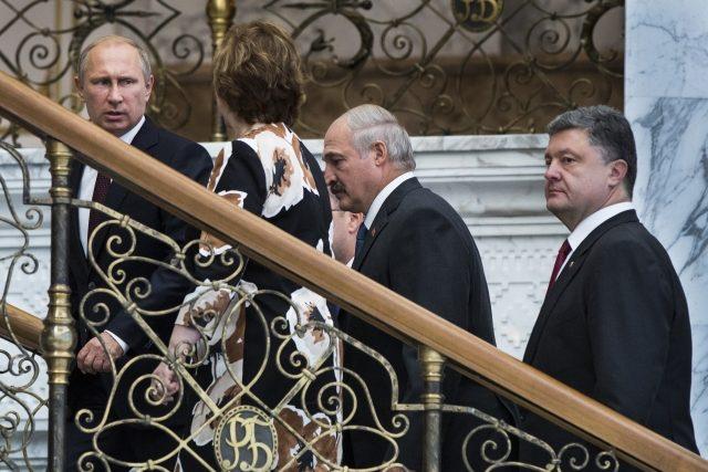 Vladimir Putin, Catherine Ashtonová,Alexandr Lukašenko a Petro Porošenko na summitu v Minsku