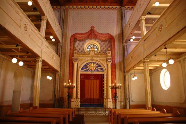 Interiér Staré synagogy v Plzni