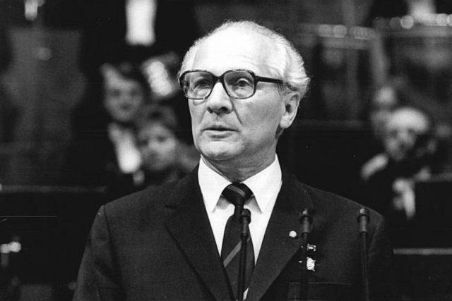 Vůdce východoněmeckých komunistů Erich Honecker v říjnu 1987