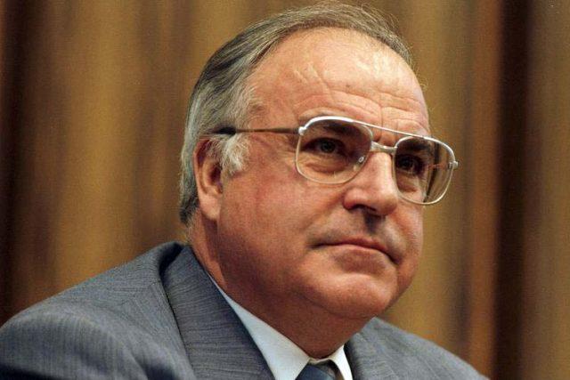 Bývalý německý spolkový kancléř z let 1982 až 1998 Helmut Kohl   foto:  CC-BY-SA,   Bundesarchiv,  B 145 Bild-F074398-0021 / Engelbert Reineke