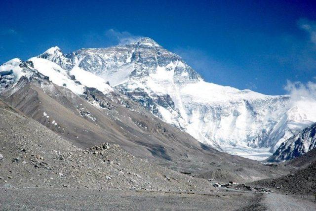 Českoslovenští horolezci Zoltán Demján a Jozef Psotka zdolali před 30 lety Mount Everest  bez umělého kyslíku.jpg