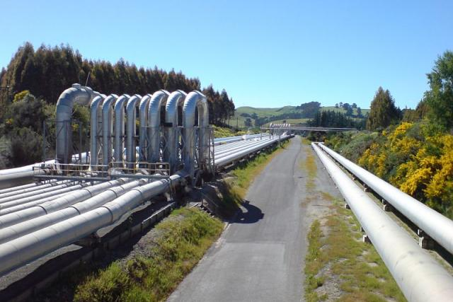 Co by se stalo, kdyby k nám přestal proudit plyn z Ruska. Téma Kupředu do minulosti