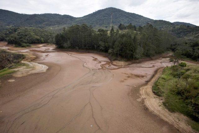 Vysychající přehradní soustava Cantareira