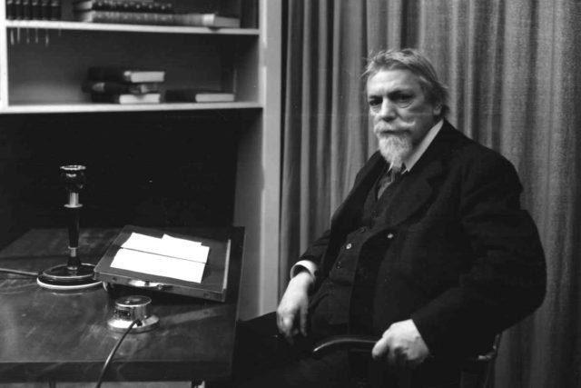Prof. Dr. František Lexa - 1937   foto: Archivní a programové fondy Českého rozhlasu