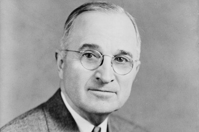 Americký prezident Harry Truman na snímku z roku 1945
