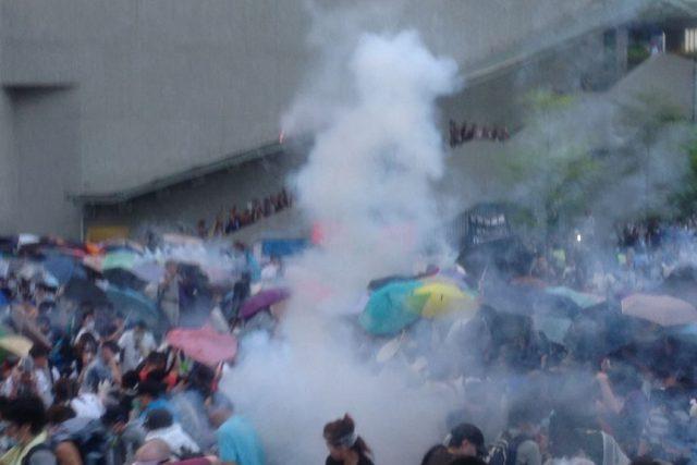"""""""Deštníkové hnutí"""", které loni vyústilo v 79 dní trvající prodemokratický protest, je nejvážnější výzvou čínské vládě jedné strany od demonstrací na Náměstí nebeského klidu před více než čtvrtstoletím"""