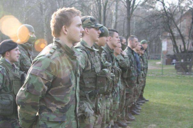 Výcvik 1. oddílu Slovenských branců v okolí Trnavy