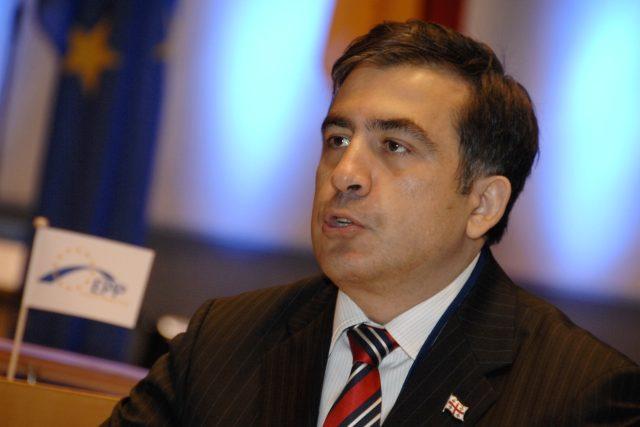 Podaří se už jednou z Ukrajiny vypuzenému bojovníkovi proti korupci Saakašvilimu pomoci Ukrajině s reformami? | foto: Wikimedia Commons,   EPP Congress Bonn,   European People's Party,   CC BY 2.0