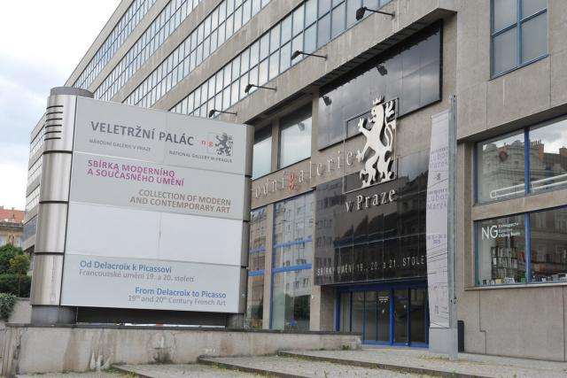 Veletržní palác, Národní galerie v Praze