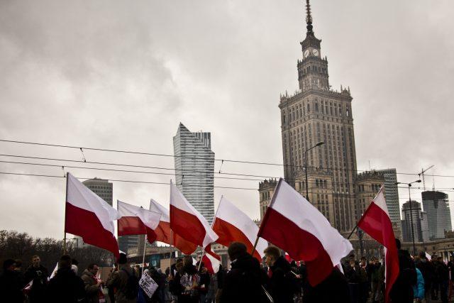 Mše, průvody i běžecké závody. Polsko slaví Den nezávislosti