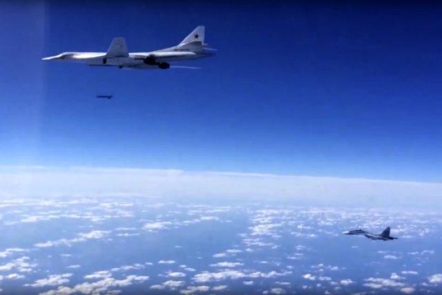 Setřelení ruského bojového letounu v blízkosti syrsko-tureckých hranic je nešťastné