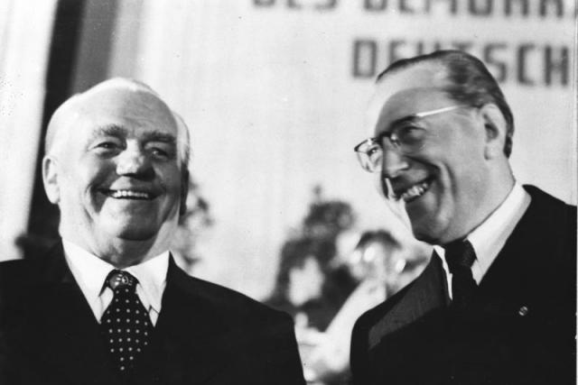 Prezident NDR Wilhelm Pieck a premiér Otto Grotewohl