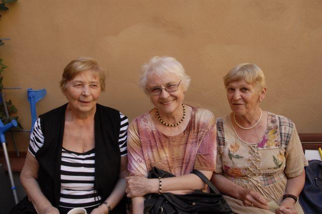 tři důchodkyně