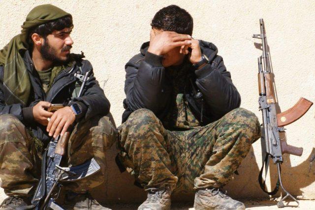 Kurdští bojovníci v Sýrii