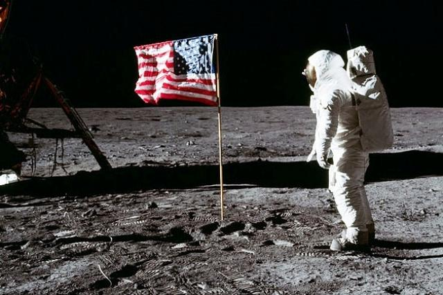 Astronaut Edwin  Aldrin na Měsíci