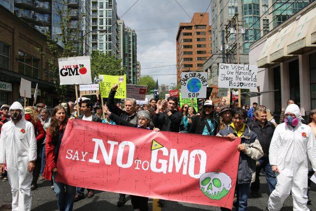 Protest proti GMO a společnosti Monsanto ve Vancouveru