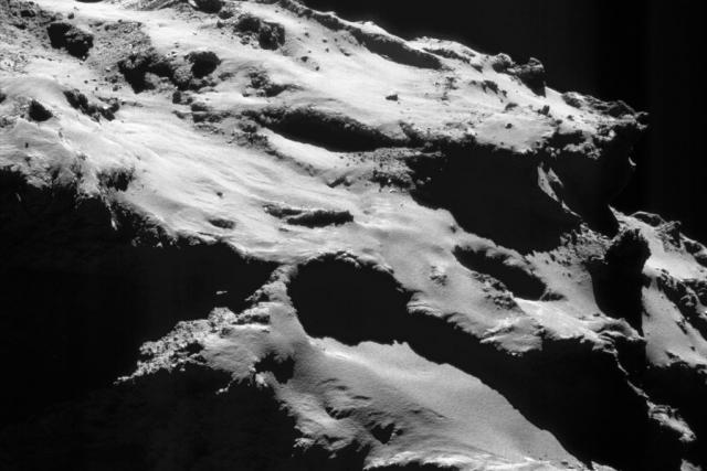 Ľudmila Pajdušáková objevila v roce 1946 svou první z celkem pěti komet.   foto:  ESA,  licence CC BY-SA IGO 3.0,   Rosetta,   NAVCAM