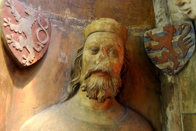 Busta Jana Lucemburského