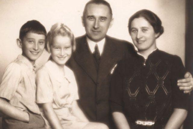 Ladislav Karel Feierabend se ženou a dětmi Hanou a Ivem