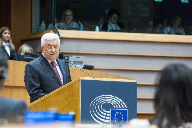 Palestinský prezident Mahmúd Abbás v Evropském parlamentu (23. ledna 2016)