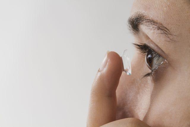 kontaktní čočka