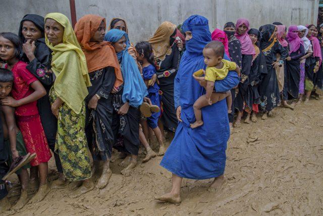 Ženy Rohingů v uprchlickýém táboře v Bangladéši | foto: AP