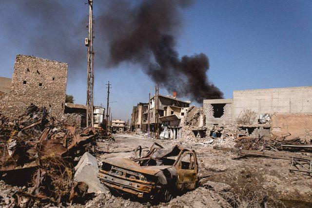 Západní část iráckého mosulu po týdnech těžkých bojů