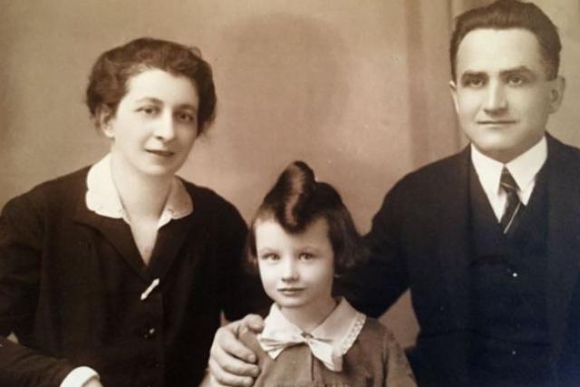 Zuzana Růžičková s rodiči