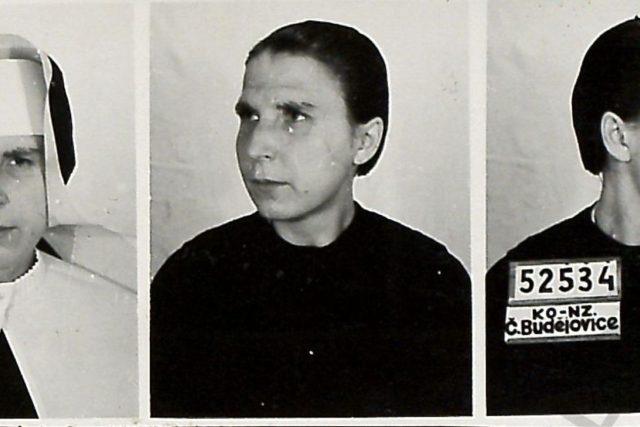 Vazební fotografie sestry Edigny Bílkové po zatčení Státní bezpečností | foto: Post Bellum
