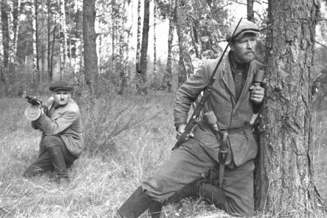 Sovětští partyzáni v okupovaném Bělorusku (1943)