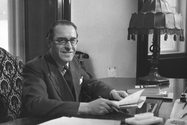 Lidovecký ministr zdravotnictví Adolf Procházka  (1900-1970) byl jeden z těch,  kteří 20. února 1948 podali demisi | foto:  ČTK, ČTK