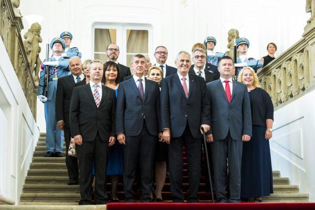 Prezident Miloš Zeman s koaliční vládou ANO a ČSSD